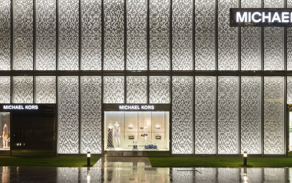 как оформить дизайн фасада магазина