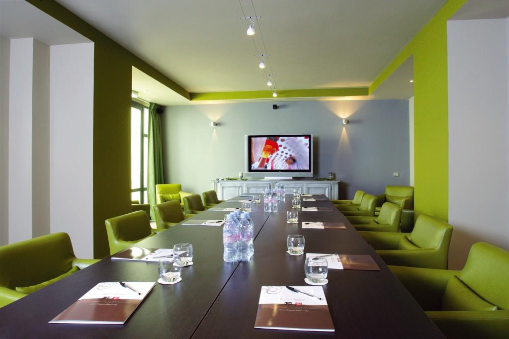 Дизайн переговорной в офисе и его составляющие - Фото